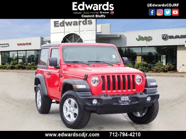 0% AVAILABLE ON JEEP WRANGLER AND GLADIATOR (36 MONTHS)